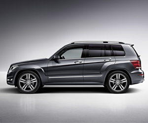 pkw-gr-MercedesGLKside